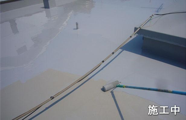 ウレタン防水材を塗布2回目